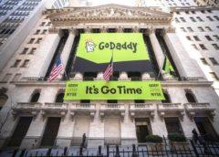 GoDaddy's Scott Wagner steps down, Expedia's Bhutani named new CEO