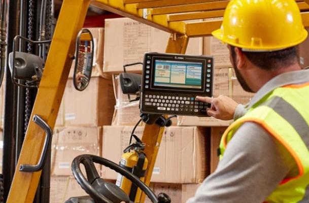 warehouse worker augmentation